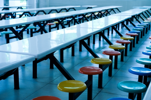 how-school-cafeteria-fails-students.jpg